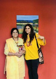 Dr Ruby Bakshi Khurdi and her mom