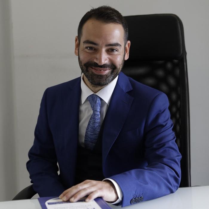 Miguel Coraggio_